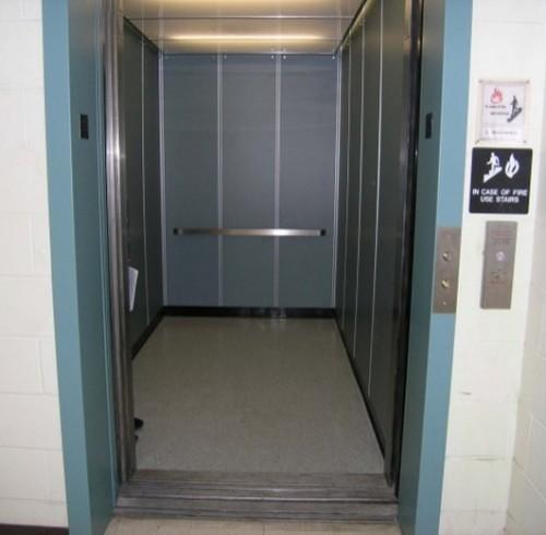 ascensore (Copia)
