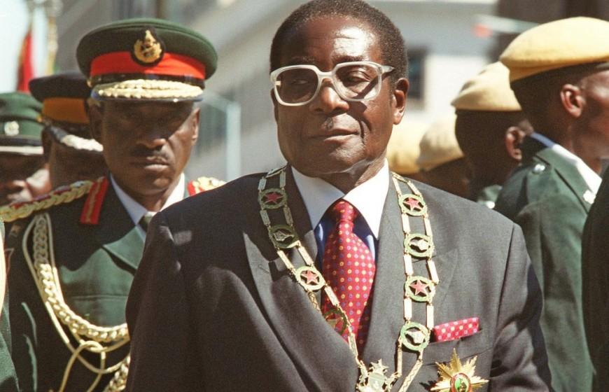 zimbabwean-president-robert-mugabe-inspects-troops-data-1024x712