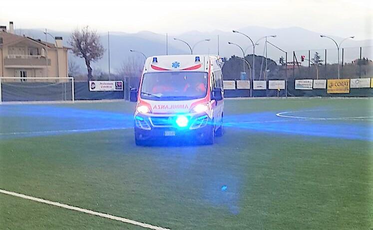 ambulanza-campo-calcio