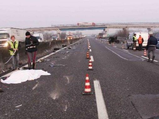 incdente-autostrada-del-sole-a1-morti-800x600-e1518697203916